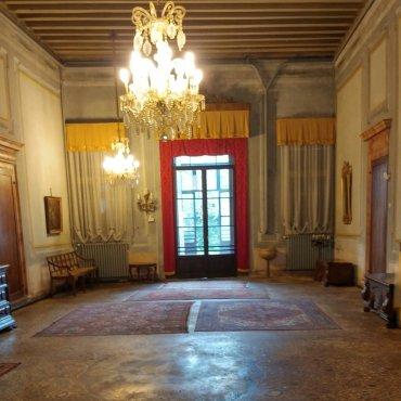 Gli interni di Palazzo Pomelli Chinaglia